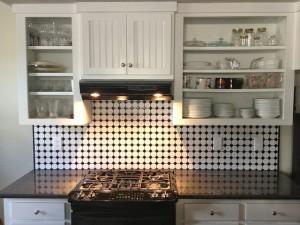 一人暮らしのキッチンの収納はどうする?100均、リサイクルで使えるものは?