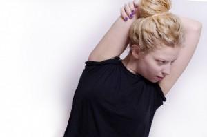 脇の黒ずみは色素沈着かも?治し方は?脱毛方法で変わる?