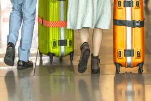 海外旅行のためのスーツケースの選び方、大きさやおすすめは?